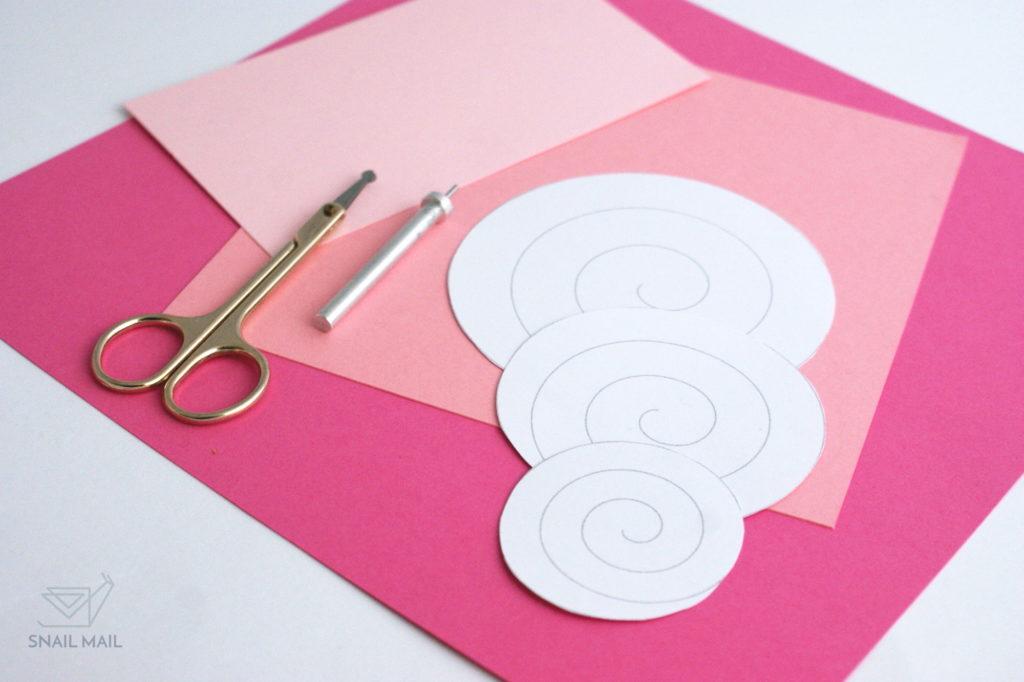 papierowe różyczki diy