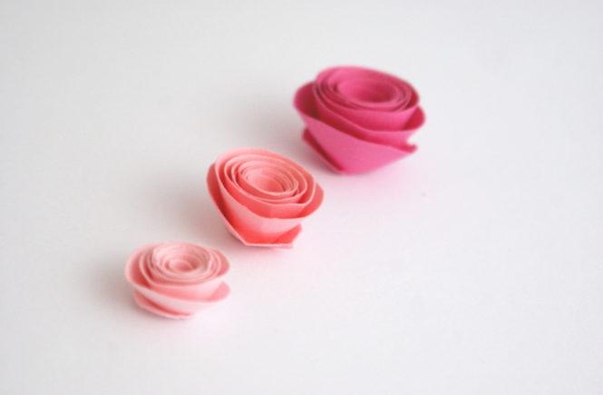 papierowe różyczki całe