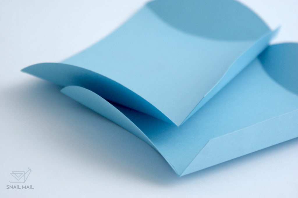 jak zrobić pudełeczko poduszkę szablon DIY