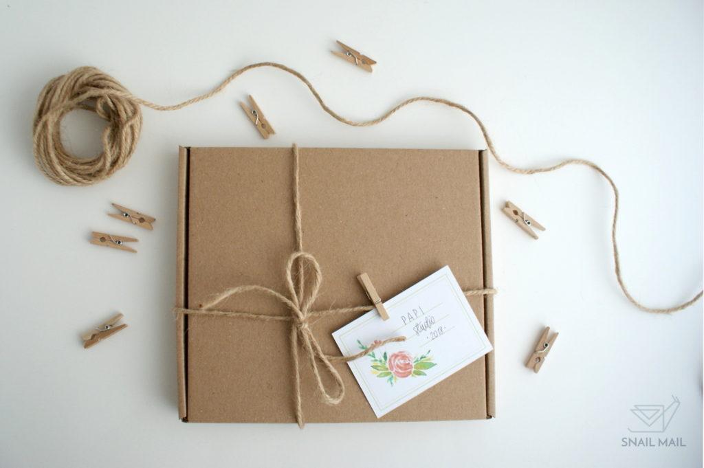 akwarelowe naklejki pakowanie prezentów
